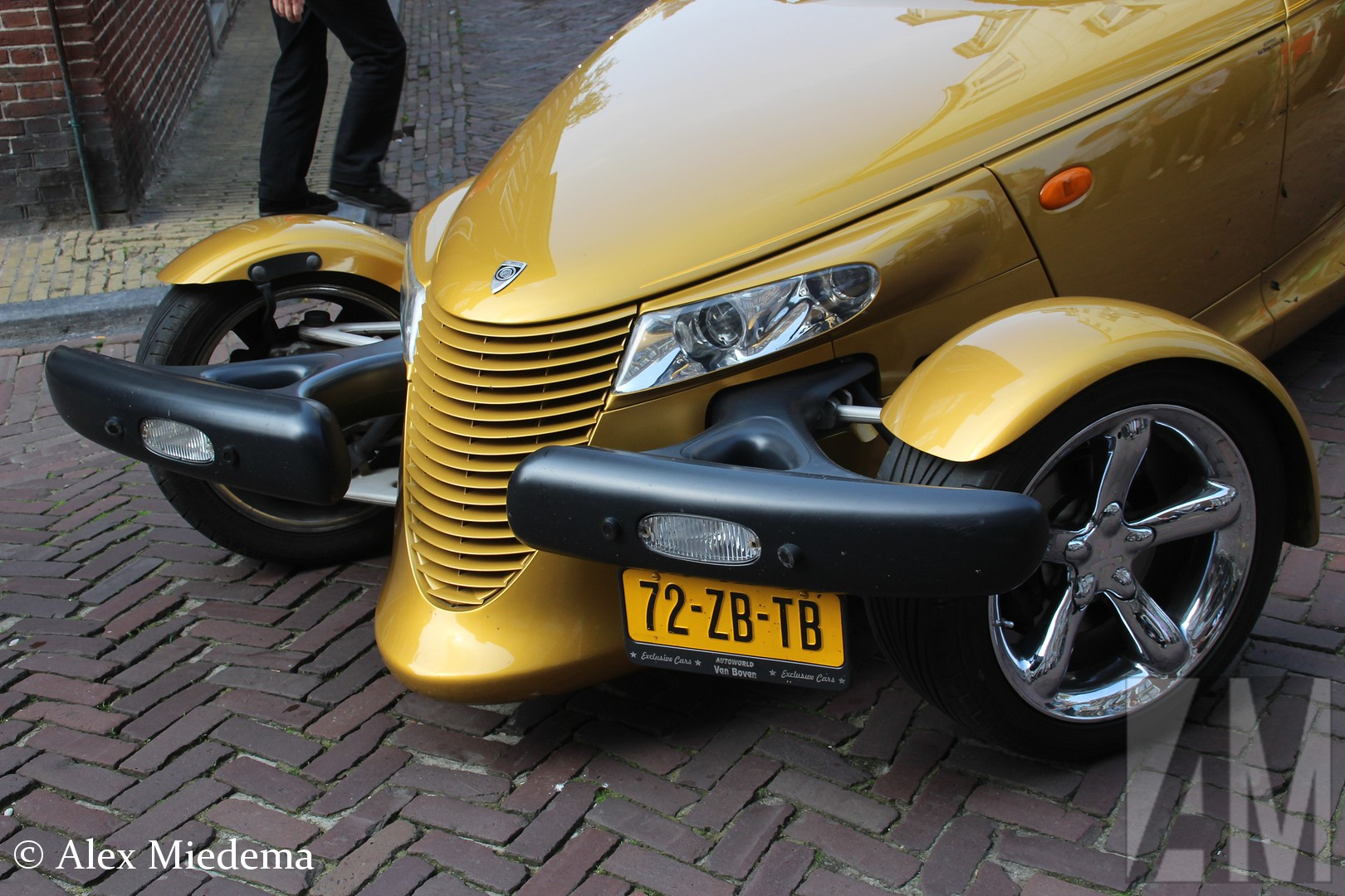 een plymouth prowler in leeuwarden alex miedema. Black Bedroom Furniture Sets. Home Design Ideas